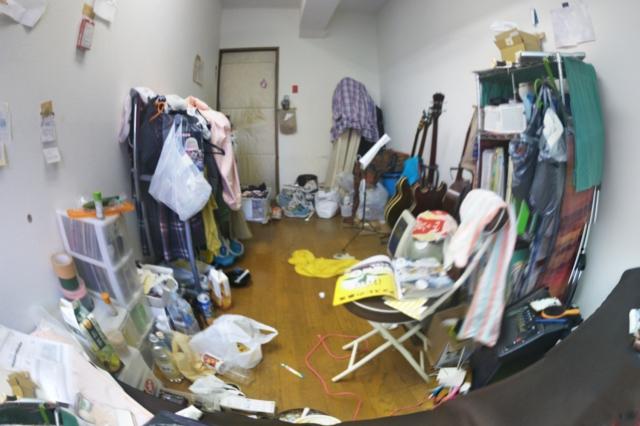 マンションのごみ屋敷になった部屋